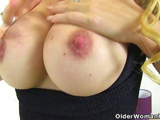 μαμά κάνει πορνό